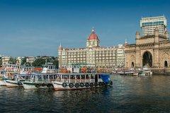 S2-Taj-Hotel-and-Gateway-of-India-151-M